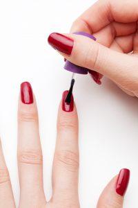 Bedre mærkning af negleprodukter – Ny undersøgelse fra MST