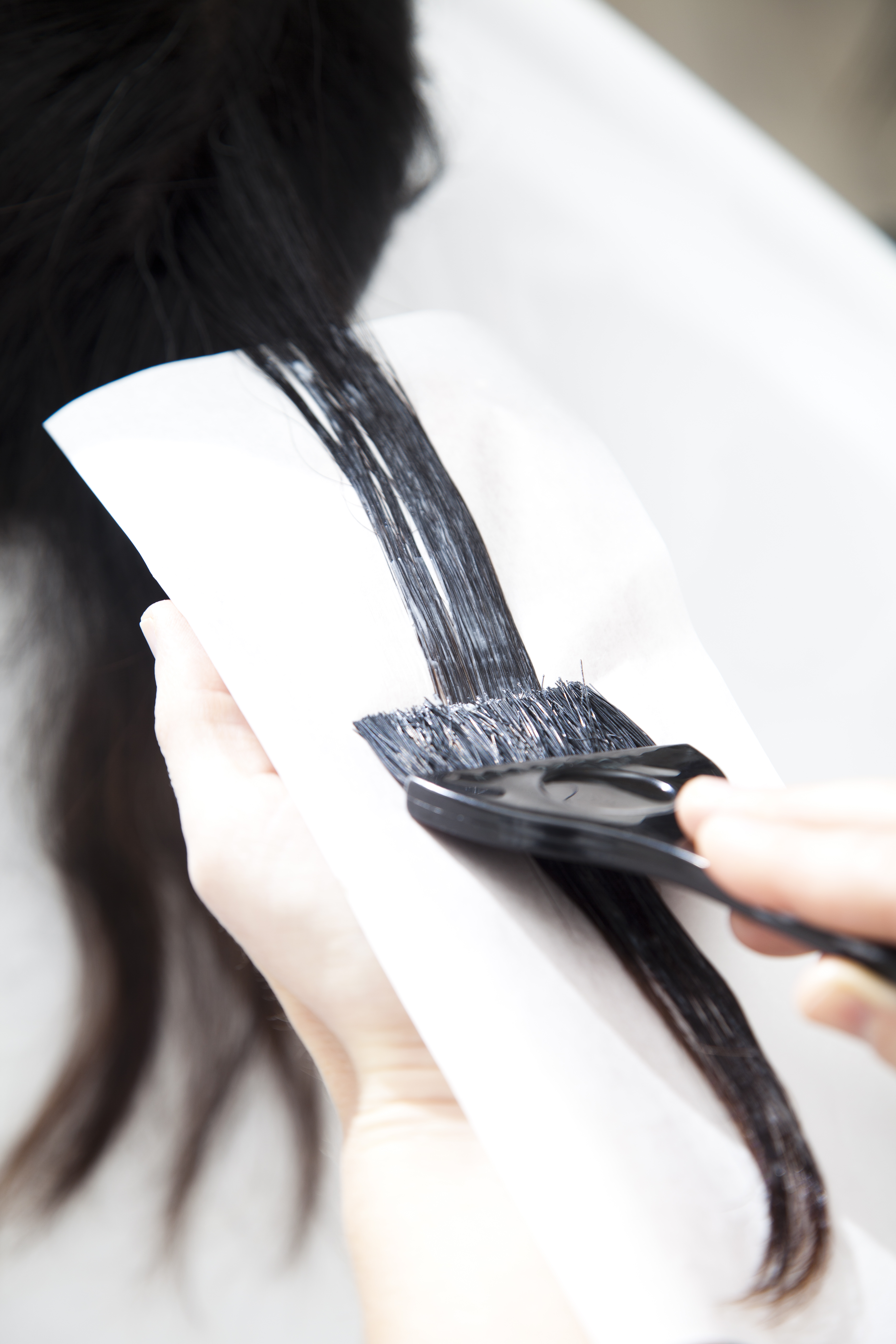 Ny undersøgelse fra Tænk viser at 75 ud af 83 hårfarver kan give allergi